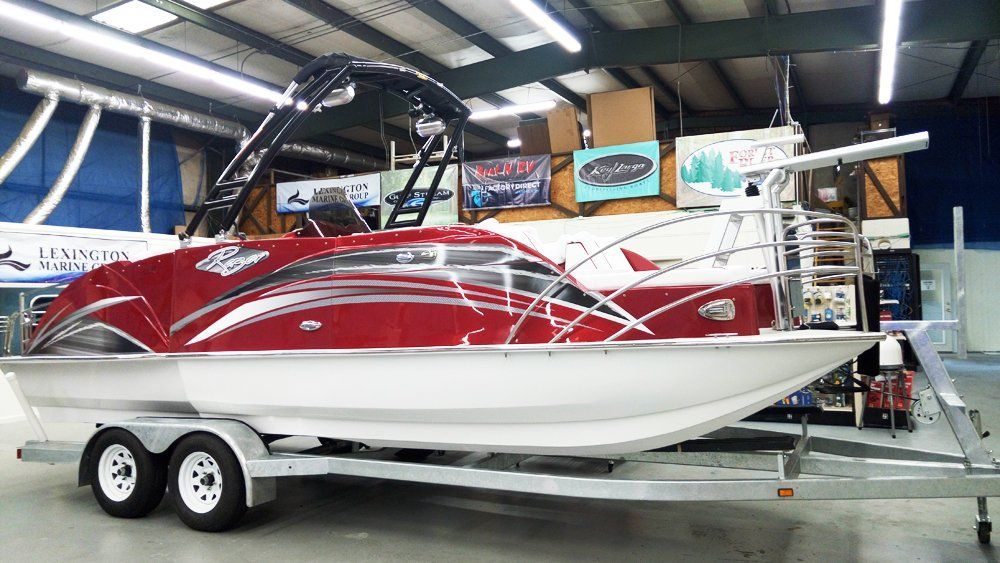Party…Fish…Relax…ALL IN ONE! This NEW 2019 Razor 238PF