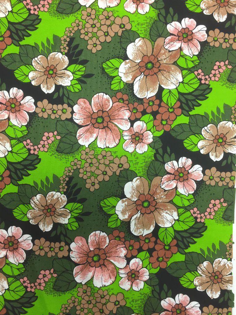 mooie retro stof merk aristo met prachtige bloemen in verschillende kleuren groen en bruin