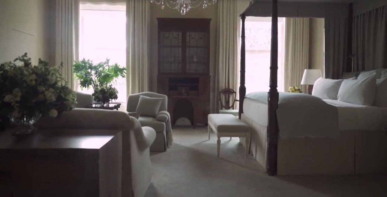 A Look Inside The First Family S White House Residence Inside The White House House Master Bedroom House Master bedroom in the white house
