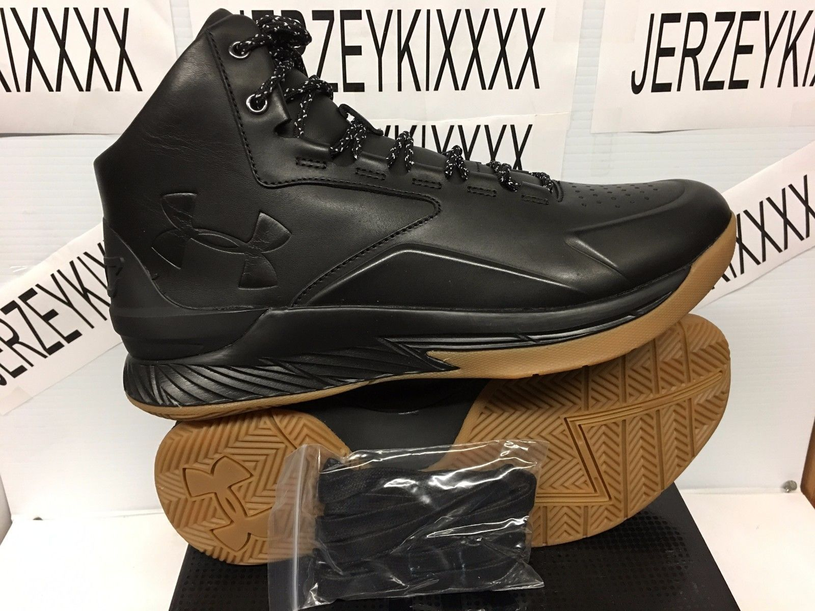 77103f11 NEW RARE MEN'S UNDER ARMOUR CURRY 1 LUX MID LEATHER BLACK GUM 1296616-001  10-11