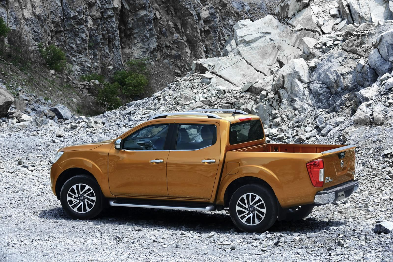 The nissan navara power with class leading diesel fuel economy stronger for