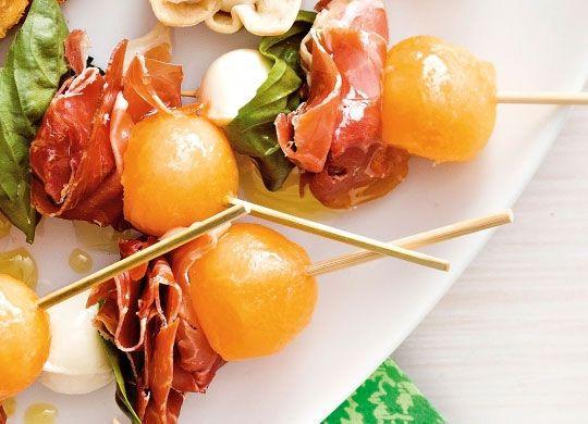 melon and prosciutto skewers recipe simple christmas food ideas and foods - Simple Christmas Dinner Ideas