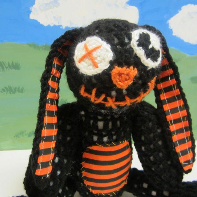 Goth zombie bunny free crochet pattern. Emo, scene, goth, gothic ...