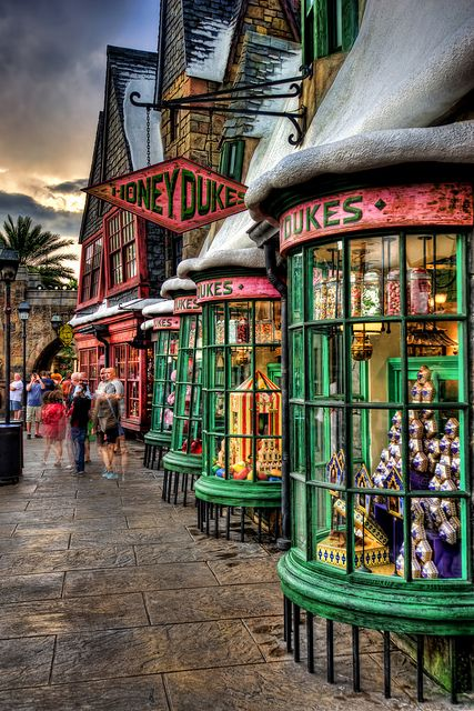 Universal Studios ~ Harry Potter ~ Honeydukes