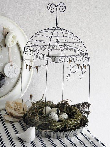 Lovely wire sitting. I would try to find a distressed pie dish.