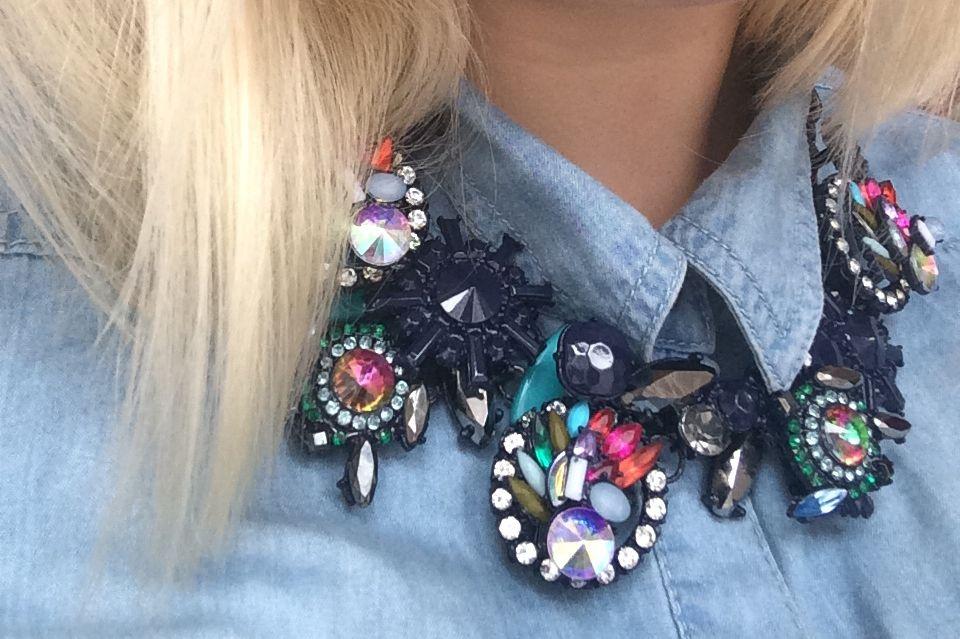New In: Statement-Necklace by Zara › blonde hair, jeans look blondundschlau.de by Yvonne Heller