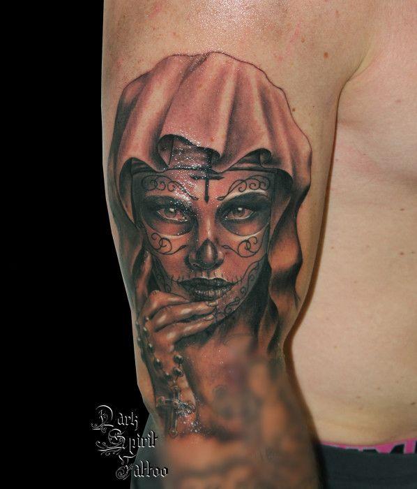 Tattoo galerie archive dark spirit tattoo tattoo calaveras sugar skull pinterest - Santa muerte tatouage signification ...