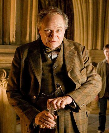 Cliquez Pour Agrandir Harry Potter Film Personnages Harry Potter Harry Potter