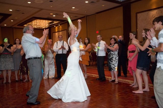 Bride Dances Greek Wedding Dances Greek Wedding Wedding Event Planning Wedding Entertainment