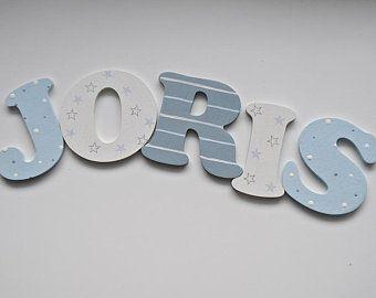 Holzbuchstaben für die Kinderzimmertüre Holzbuchstaben