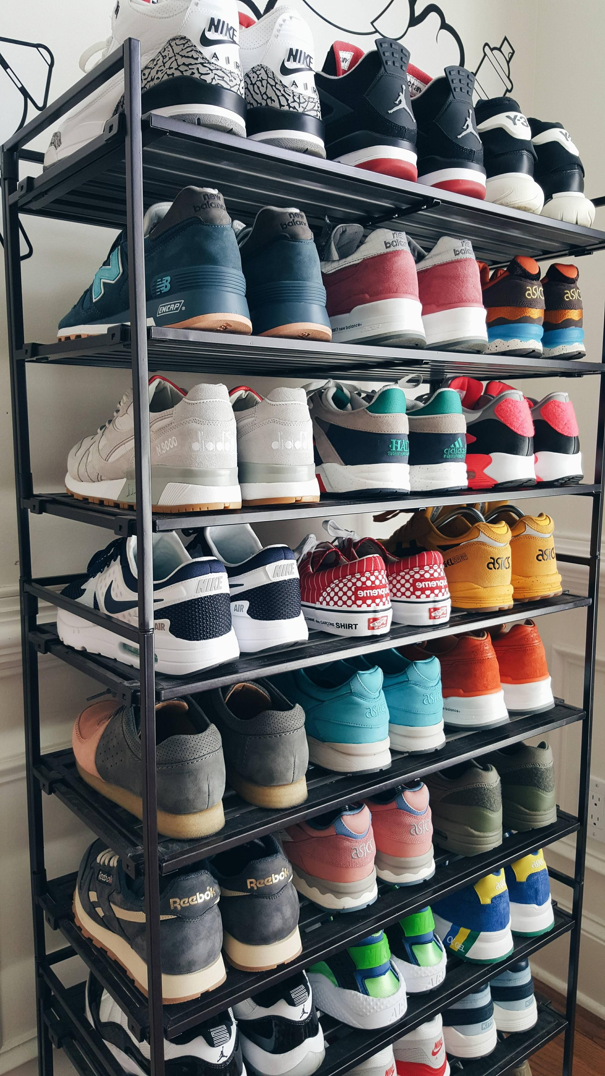 I put this shoe rack here because I care a lot about my shoes and I will definitely start a collection soon so in the future I'll have a huge collection