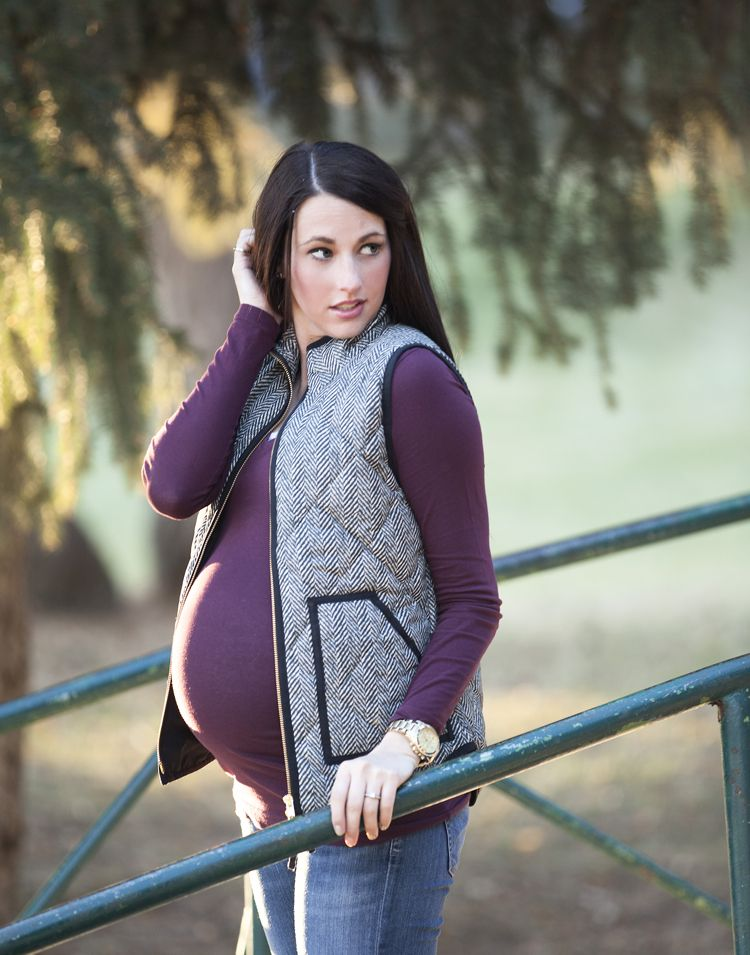 Love this blog for maternity fashion! So many different ideas that are perfect for fall & winter.