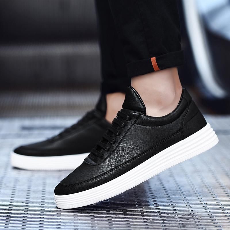 Luxury brand men shoes leather casual in 2020 sneakers