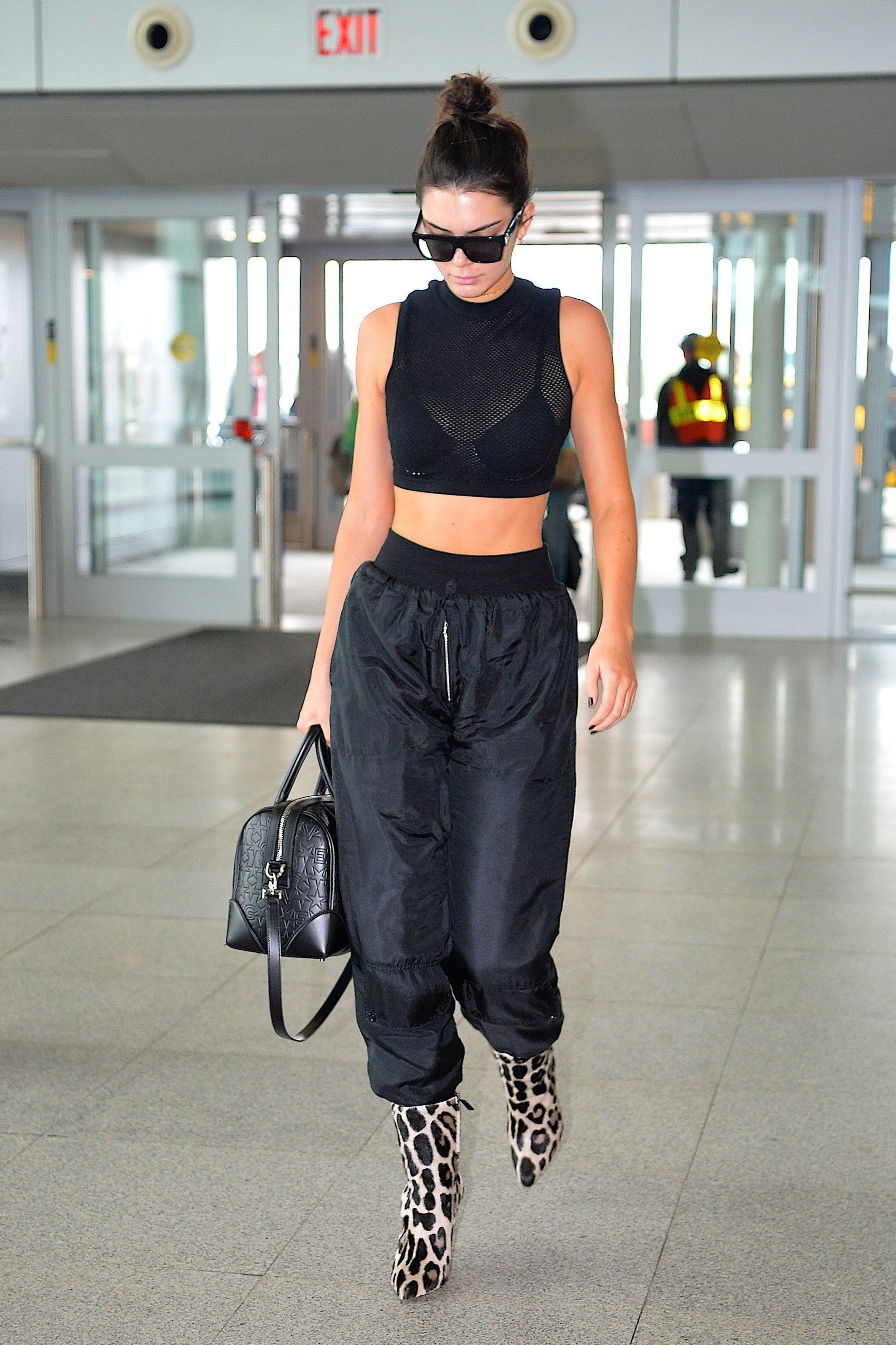 4d52dfc40e5 Kendall Jenner Wore Sweatpants With the ONE Shoe You d Never Expect