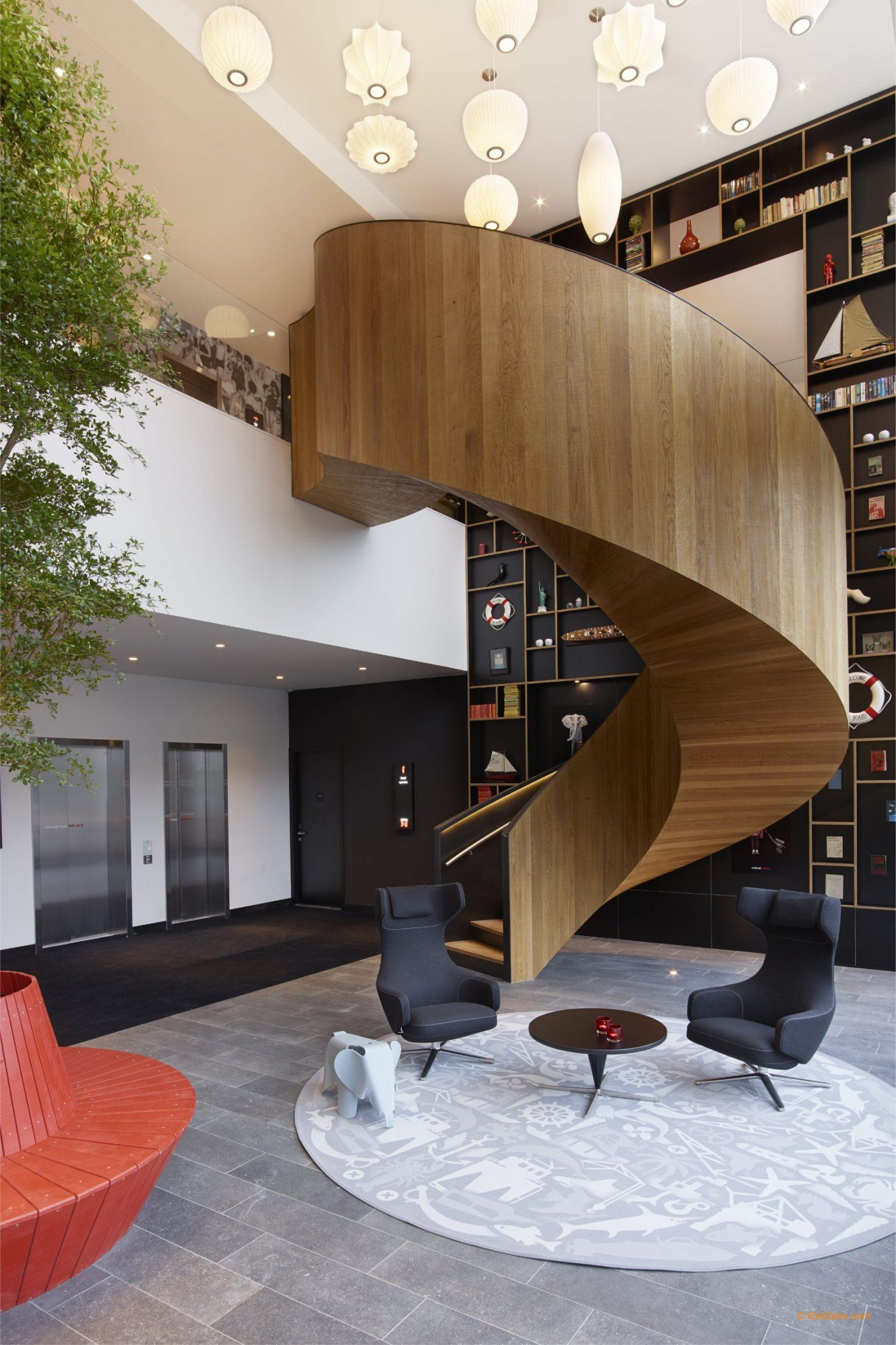 Escalier hélicoïdal en bois EeStairs | Staircase design ...