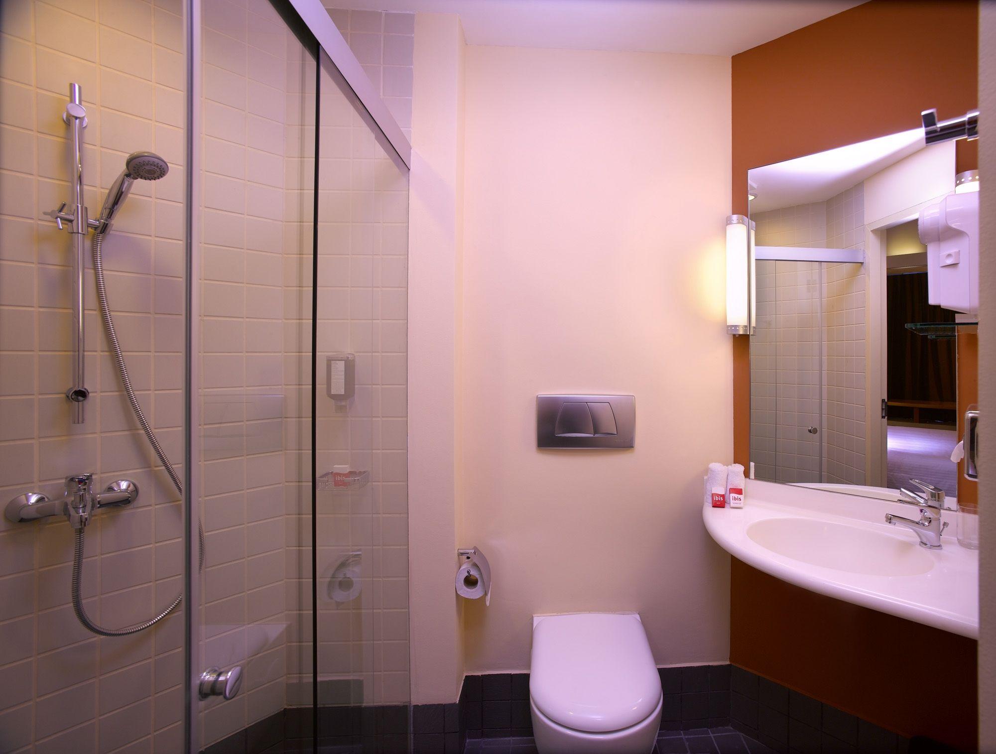 16+ Ibis salle de bain ideas