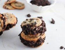 Coffee Oreo Chocolate Chip Cookie Ice Cream Sandwiches #icecreamsandwich