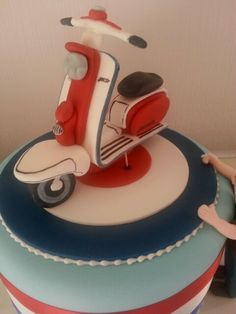 24 mods scooters lamberetta who 60s cupcake toppers birthdays party edible paper