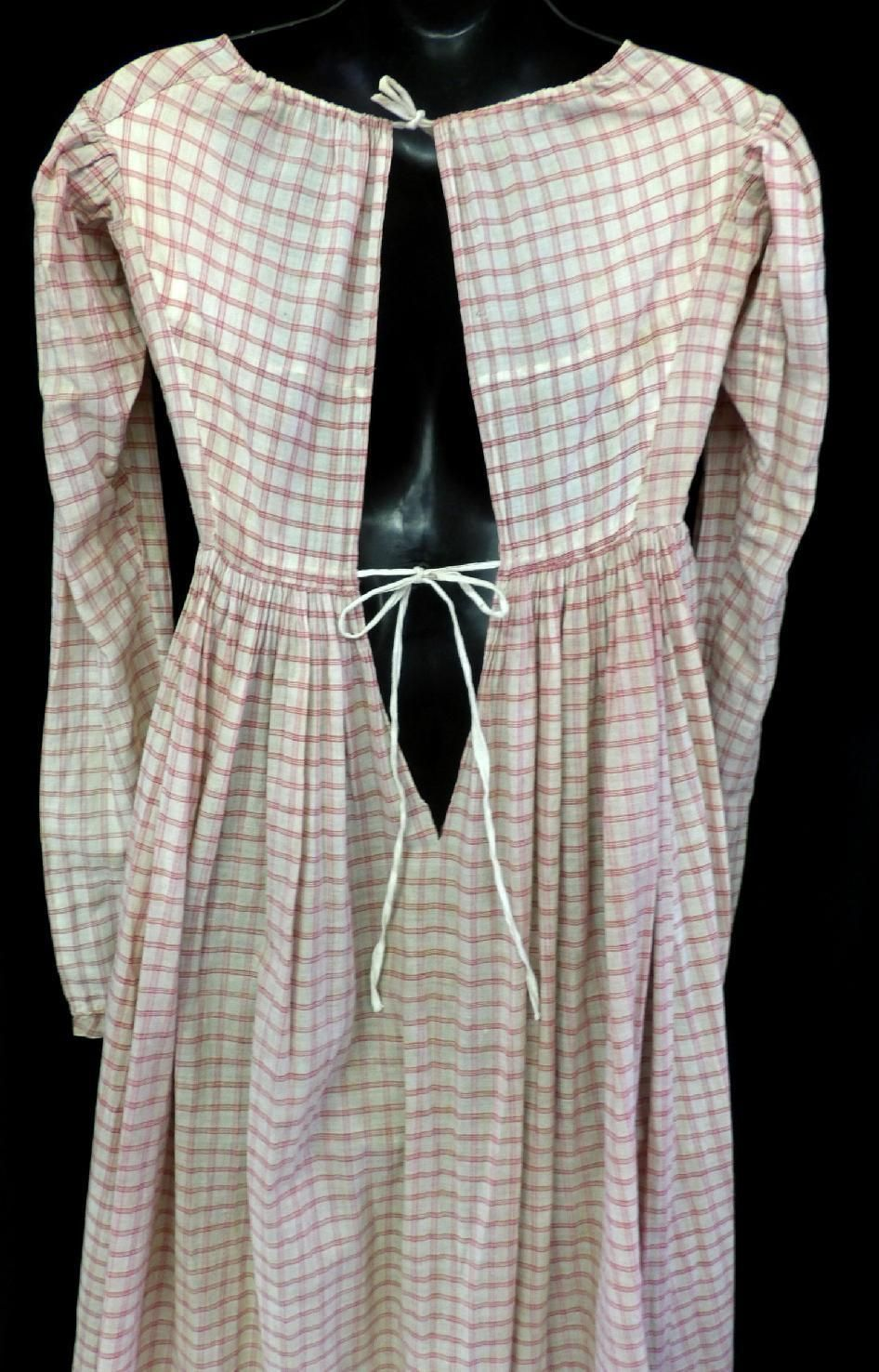 X RARE ANTIQUE 1810 REGENCY EMPIRE RED CHECK COTTON GOWN DAY DRESS FAB CONDITION | eBay - I think it's on backwards