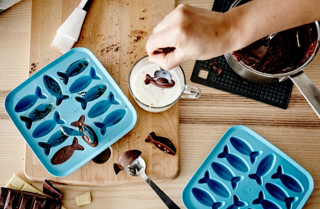 Jääpalamuottia käytetään suklaakalojen tekemiseen.