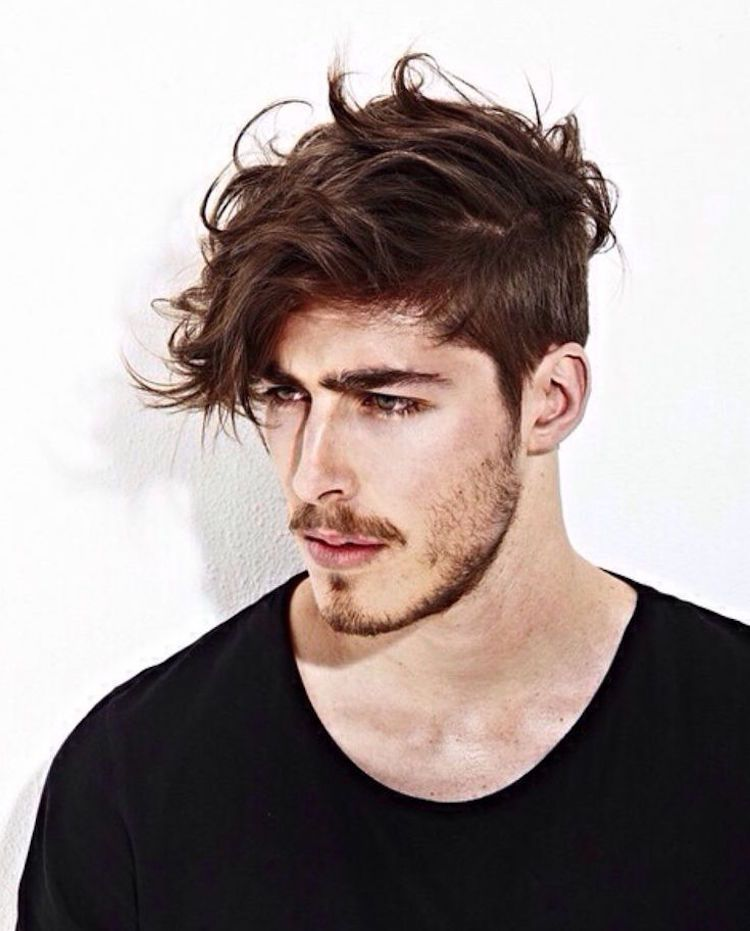 Coiffure Hipster Homme Meche Messy Undercut Coiffure Homme Coiffure Homme Meche Coiffures Hipster