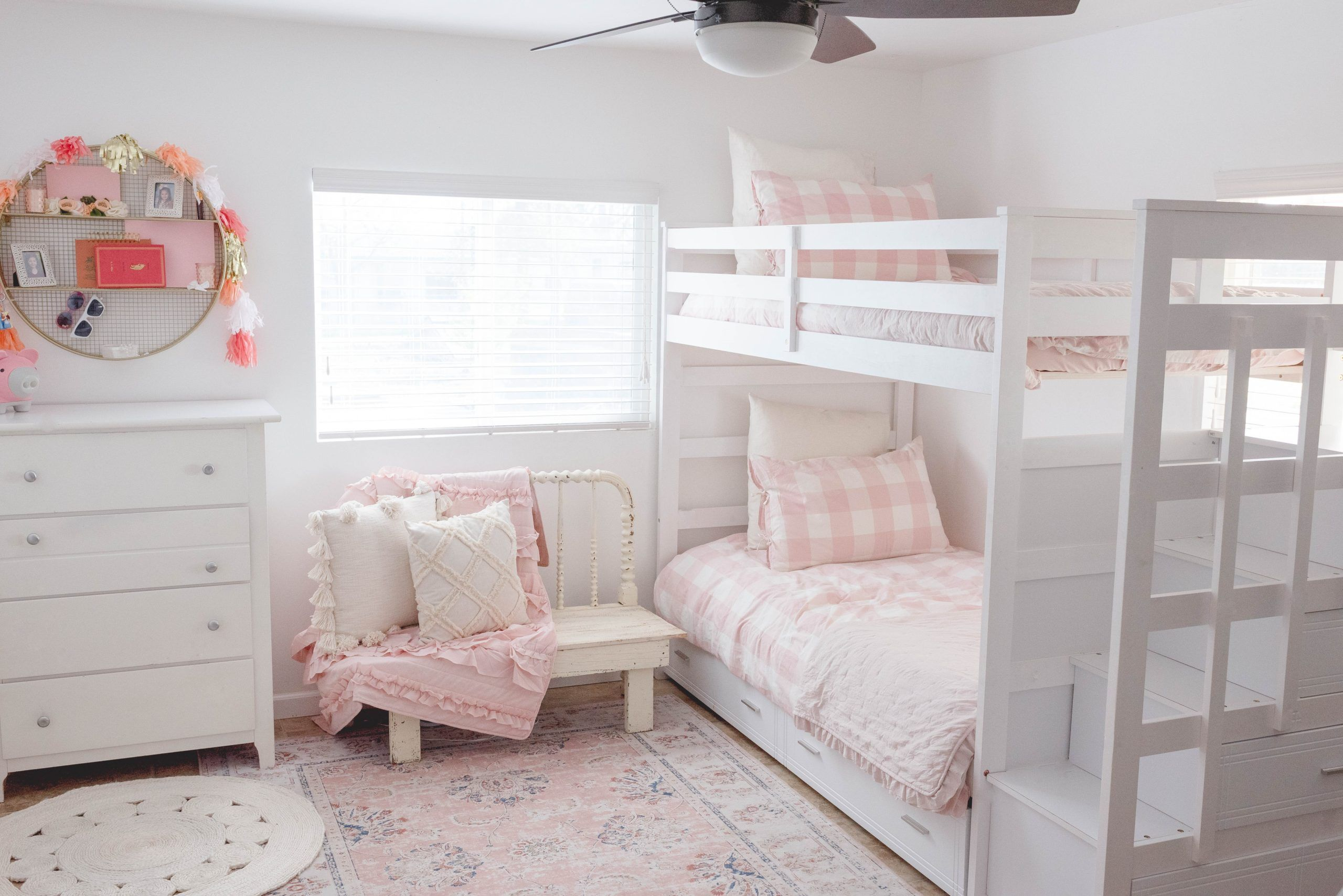 Cute Shared Little Girls Room Shared Girls Room Shared Girls Bedroom Bedroom For Girls Kids