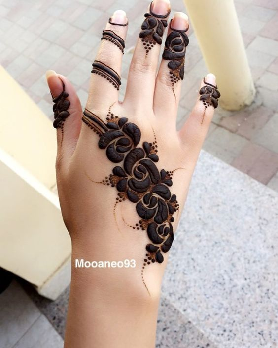 100 Unique And Perfect Piece Of Latest Mehandi Designs That Will