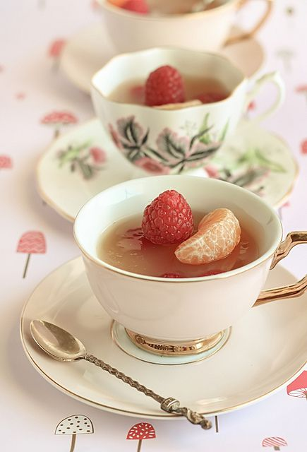 Mandarin & jasmine tea cup jellies with raspberries, by raspberri cupcakes