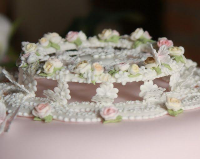 Donatella Semalo: amazing top made of royal icing