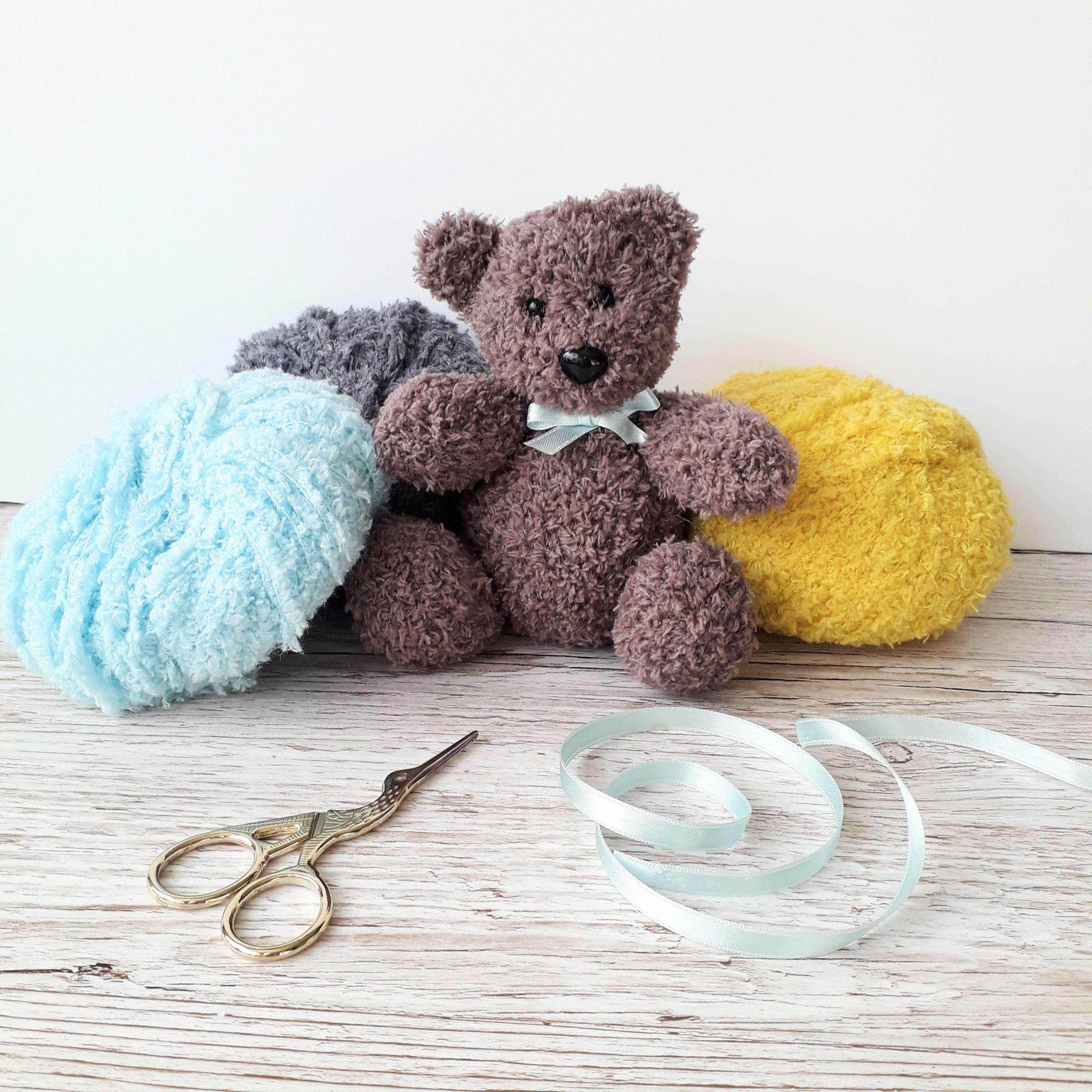 Little Bear Teddy knitting pattern | Teddy bear knitting ...