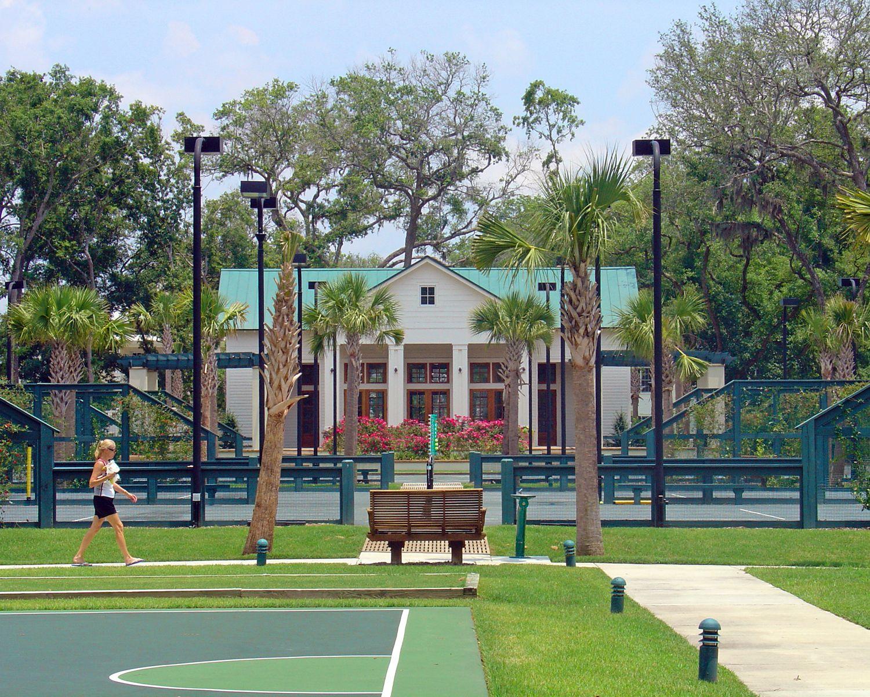 Habersham Park and the neighborhood park house encourage residents ...