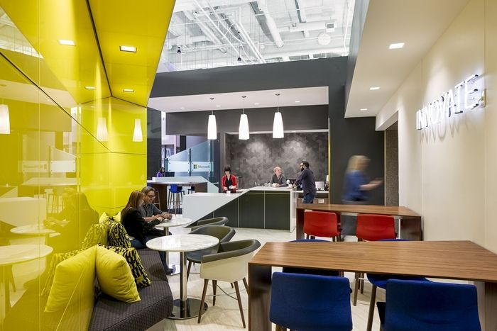 Microsoft Offices – San Francisco, CA. USA Act as a showroom for ...