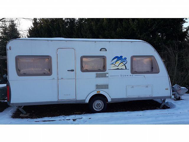 knaus suedwind 500 eu wohnwagen mobile wohnwagen in. Black Bedroom Furniture Sets. Home Design Ideas