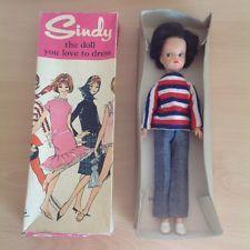 Vintage Pedigree Sindy doll, in original box and weekender outfit