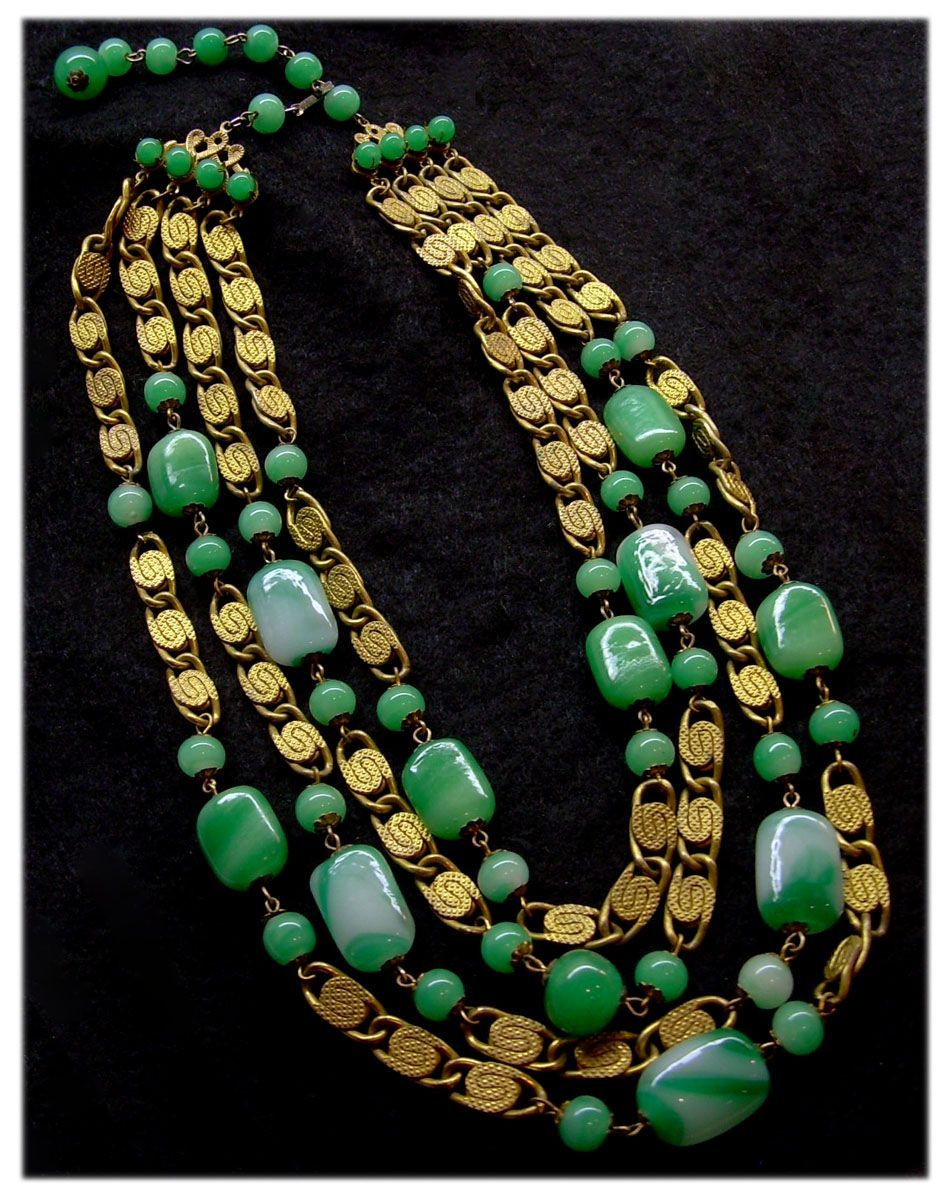 Vintage Jewelry Massive Necklace Made Of Many Sparkling Beads