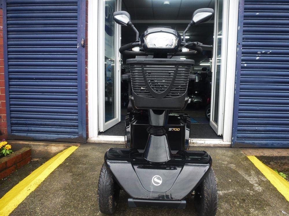 Sterling S700 8 MPH Heavy duty mobility scooter, Swivel