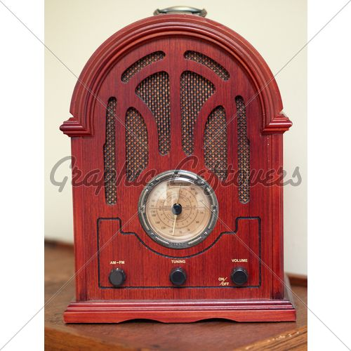 Antique Wooden Radio With Large Frequency Dial Gl Stock Images Radio Vintage Radio Antiques