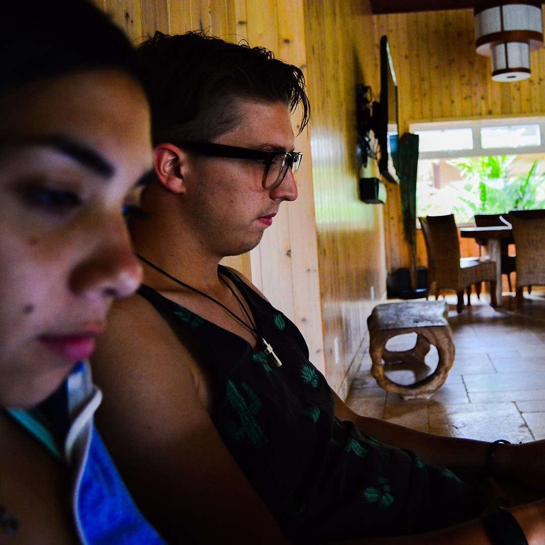 Syd n Jos  . . . . . . . . . .  #nikon #kauai #ywam #hawaii# kapaa #friends by gardenia.photography http://bit.ly/dtskyiv #ywamkyiv #ywam #mission #missiontrip #outreach