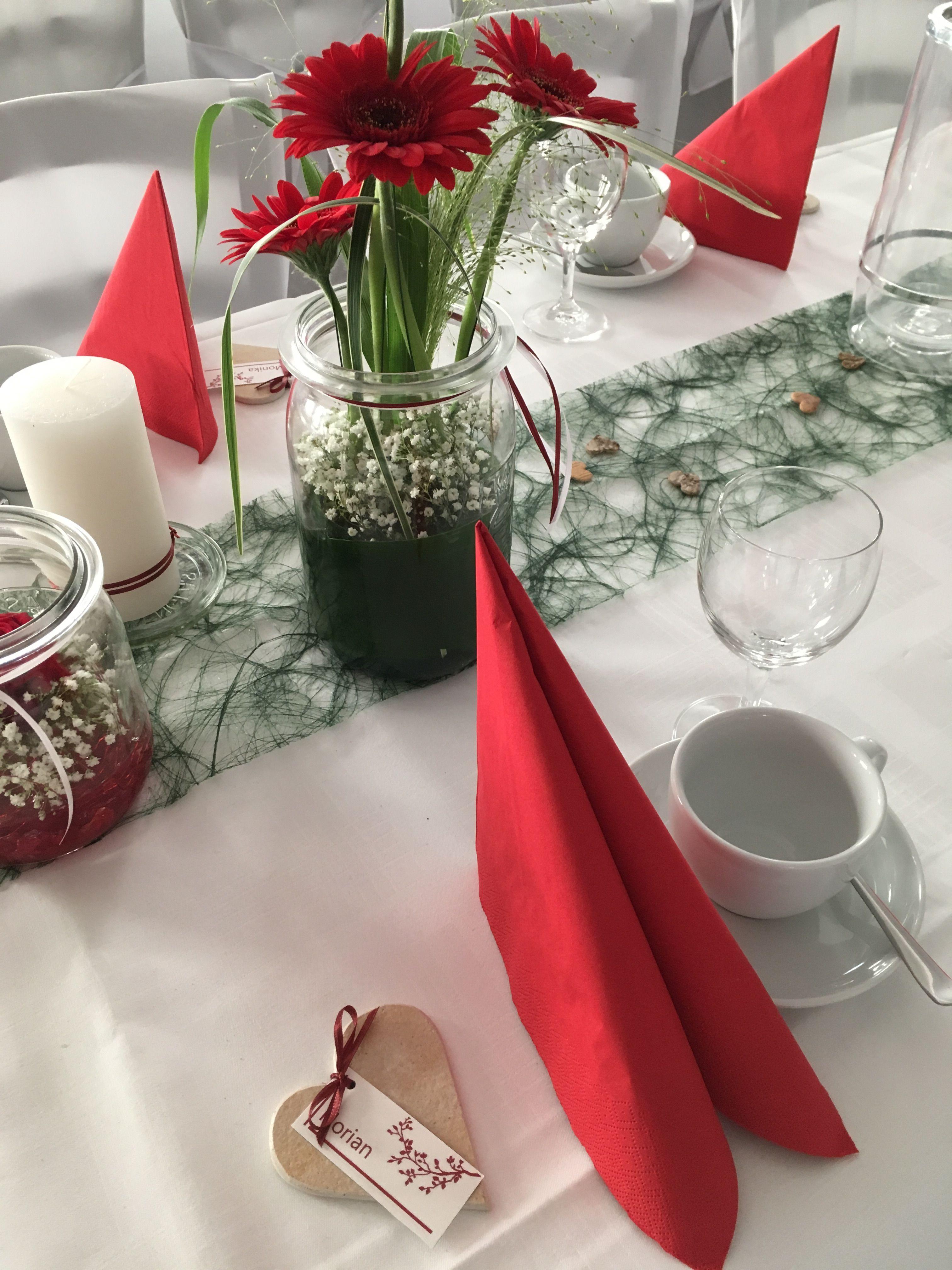 Tischdeko zur Hochzeit in frnkisch rot wei mit ein