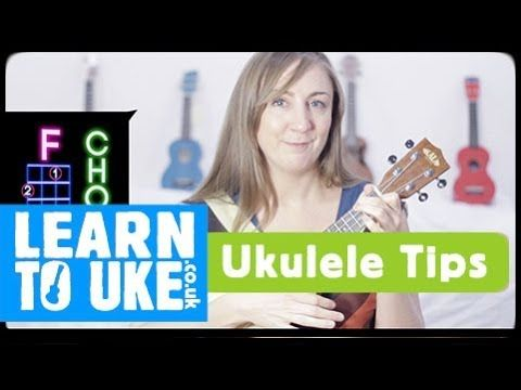 How to chuck/chunk/palm mute - VERY Easy Ukulele Strumming Tips ...