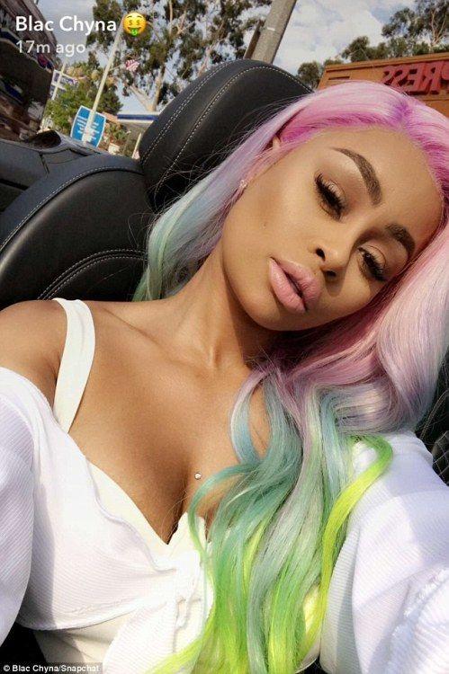 Blac Chyna Snaps A Selfie With Rainbow Unicorn Hair Hairstyles