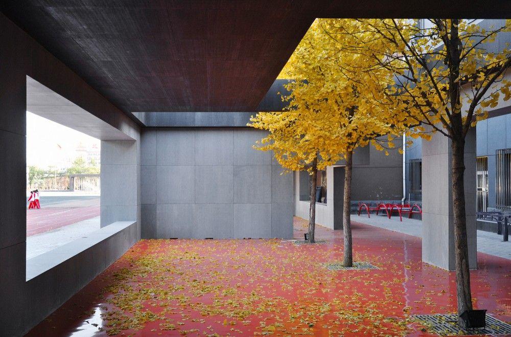 1/2 Estadio / Interval Architects