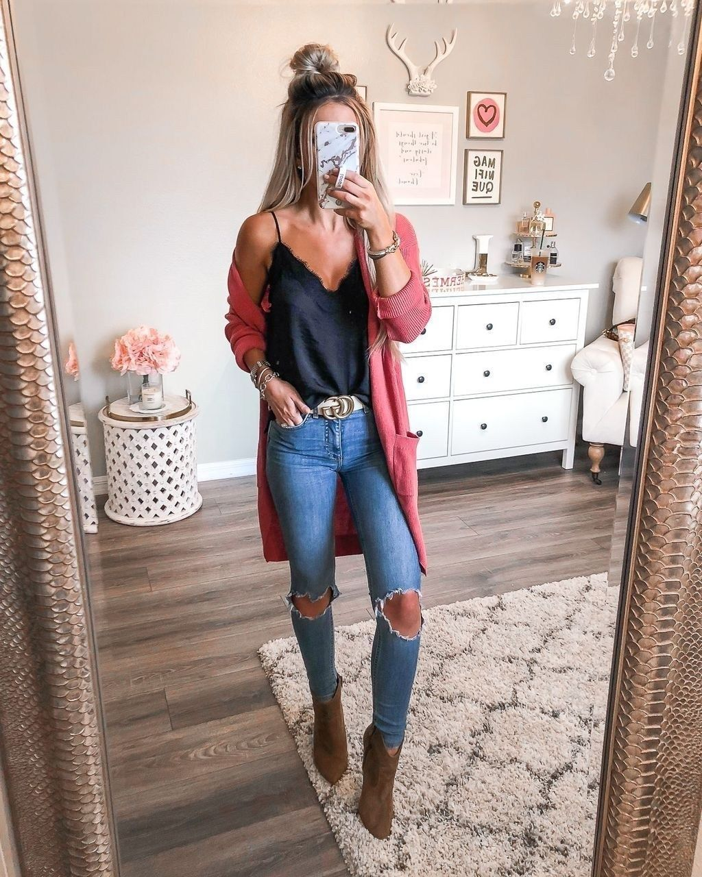 43 TRENDING SPRING WOMEN OUTFITS IDEAS 2019 - Wass Sell