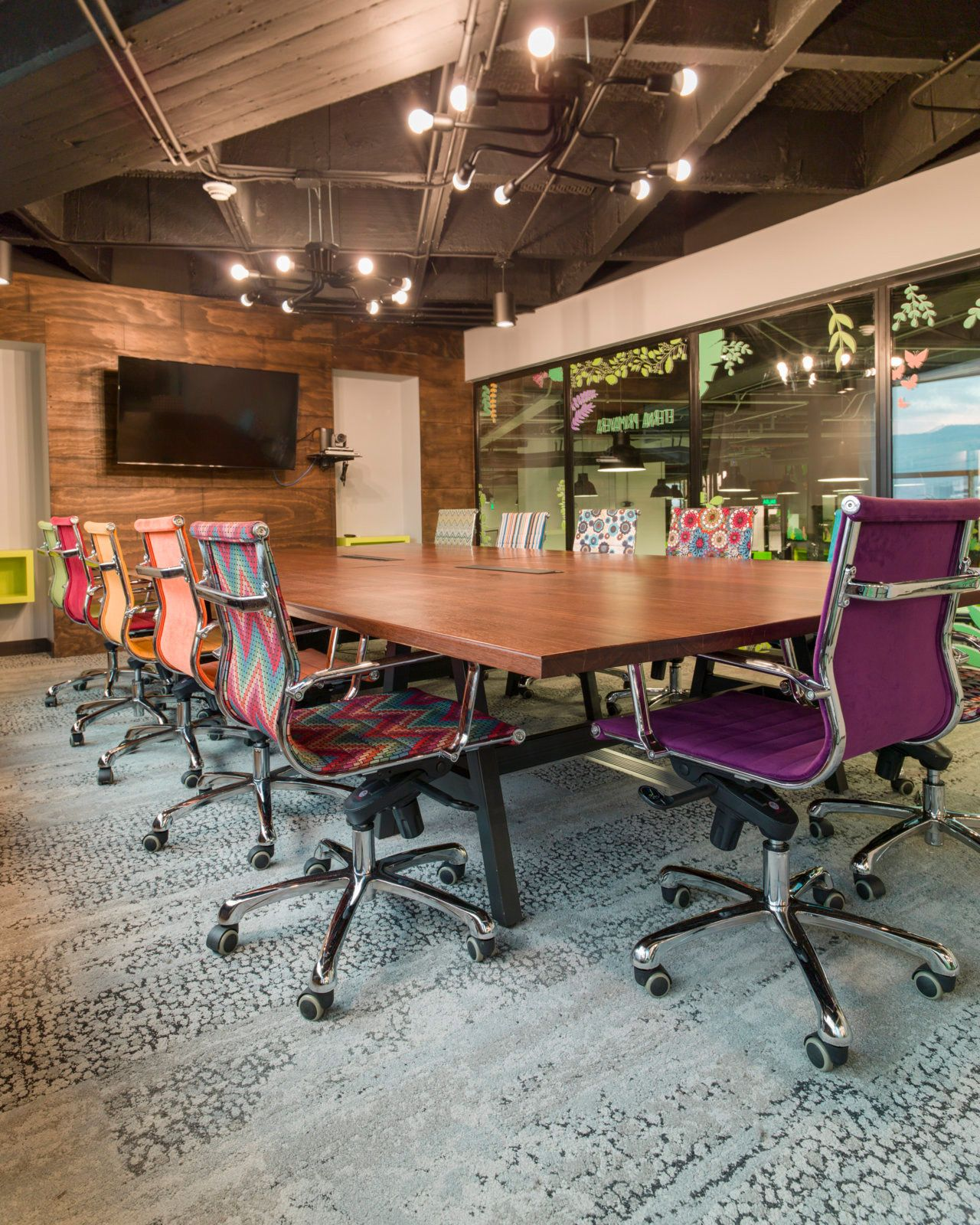 Office Chairs With Flair Globant Offices   Medellín   6