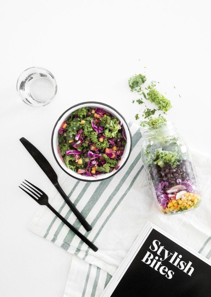 » DIY EATS | Mason Jar Southwest Salad