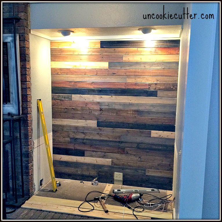 Mixed Wood Wall - Easy  Cheap DIY House y Mesas