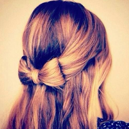 hair style on me it s a bow made out of hair how cool fashion 3606