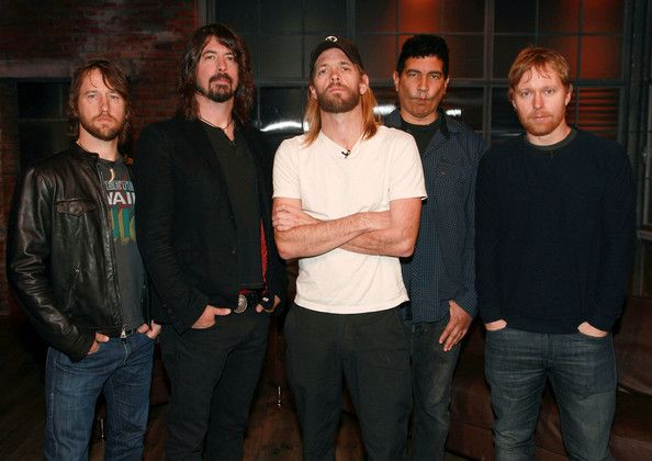 I love Foo Fighters!!