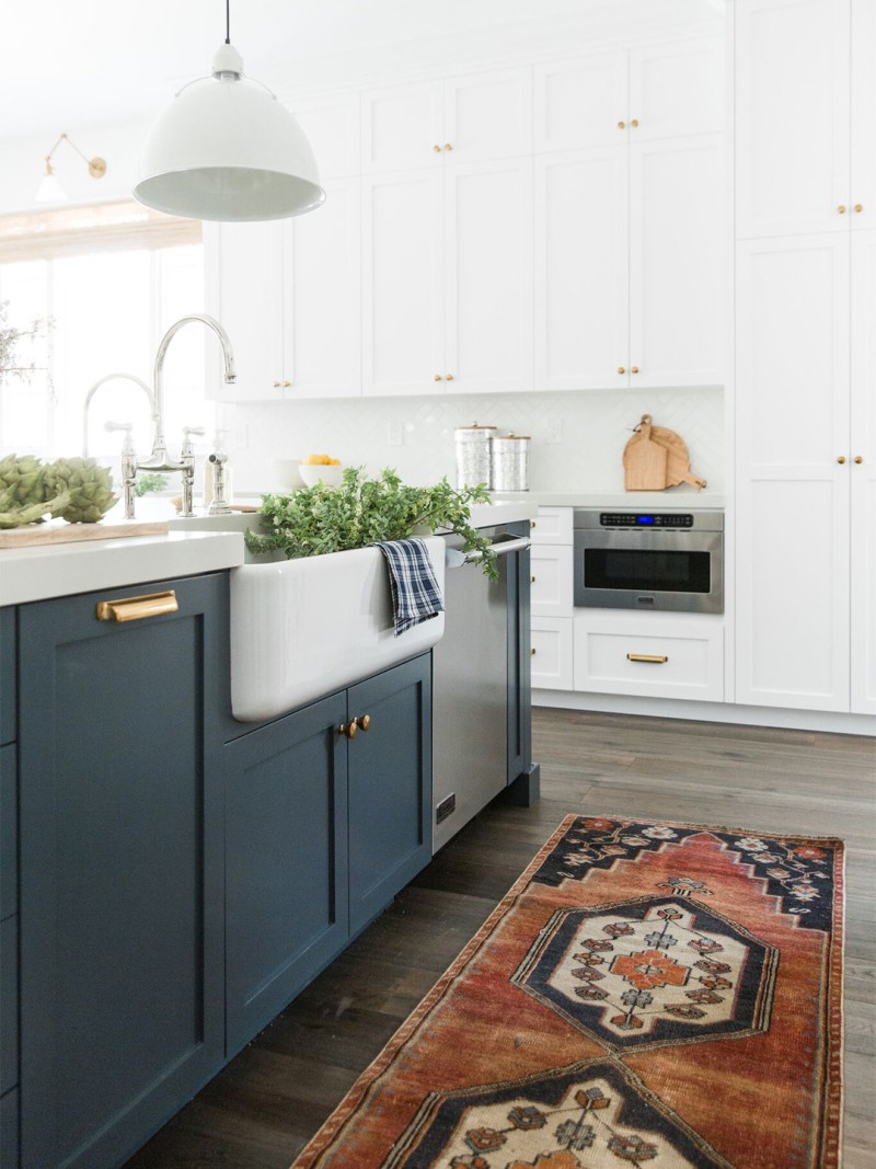 Navy Blue Cabinets Stone Textiles Kitchen Kitchen Design New Kitchen Cabinets Kitchen Remodel