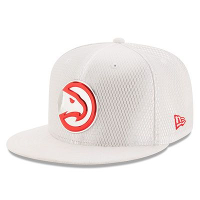 new product aac55 9e3f6 Men s Atlanta Hawks New Era White 2017 Official On-Court Collection 59FIFTY  Fitted Hat